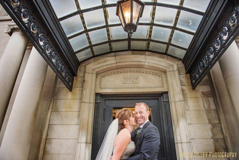 minneapolis-gale-mansion-wedding-golden-033