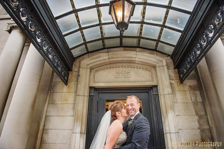 minneapolis-gale-mansion-wedding-golden-033