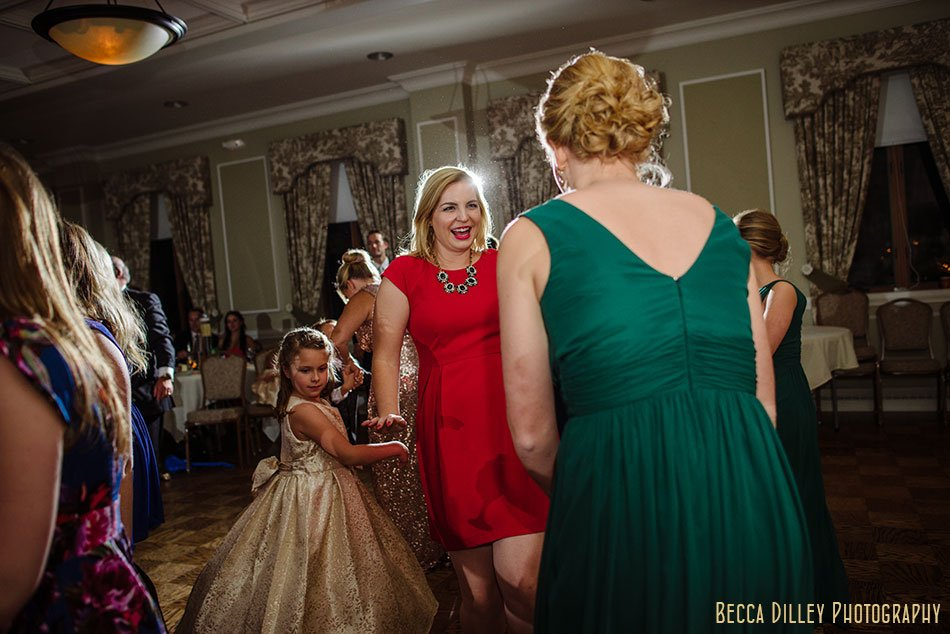 minneapolis-gale-mansion-wedding-golden-099