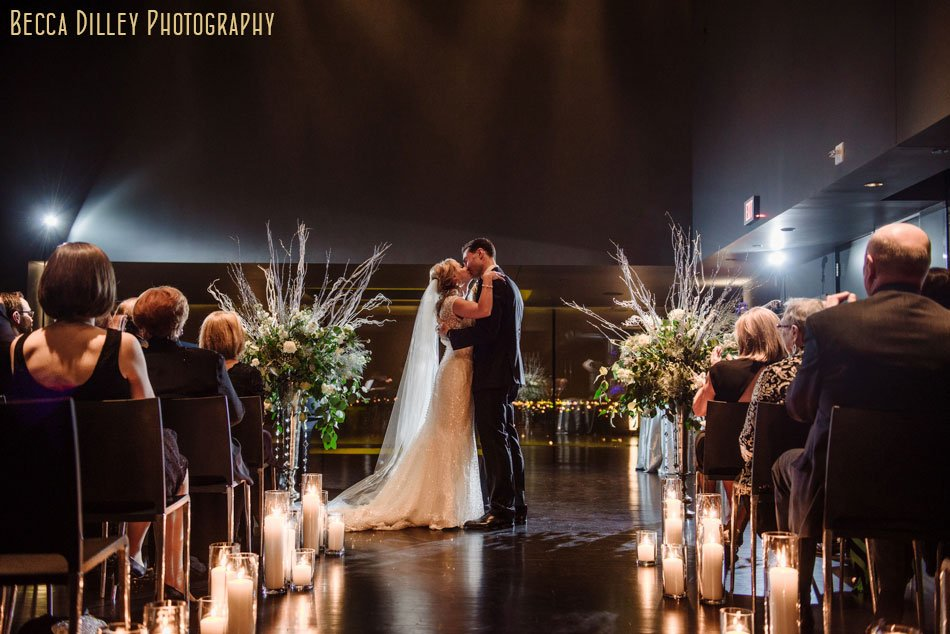 guthrie theater wedding winter minneapolis photographer