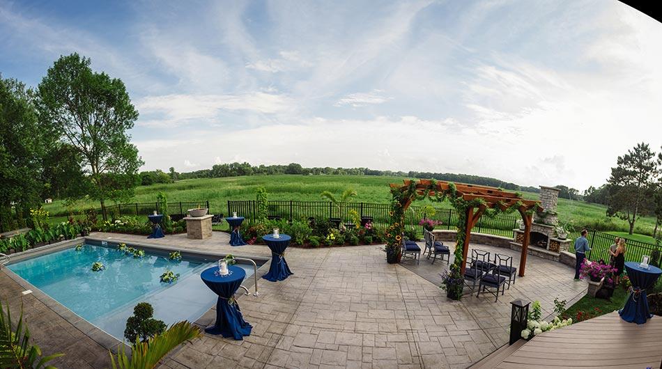 MN backyard wedding