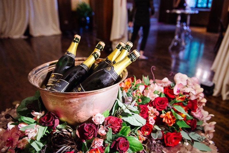 lavish-minneapolis-club-wedding-mn-020