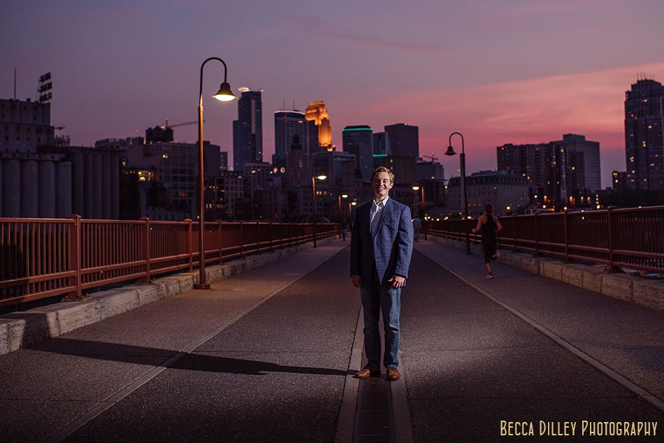skyline minneapolis urban high school senior photos