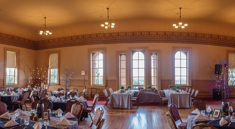panorama interior Stillwater Historic Courthouse Wedding mn