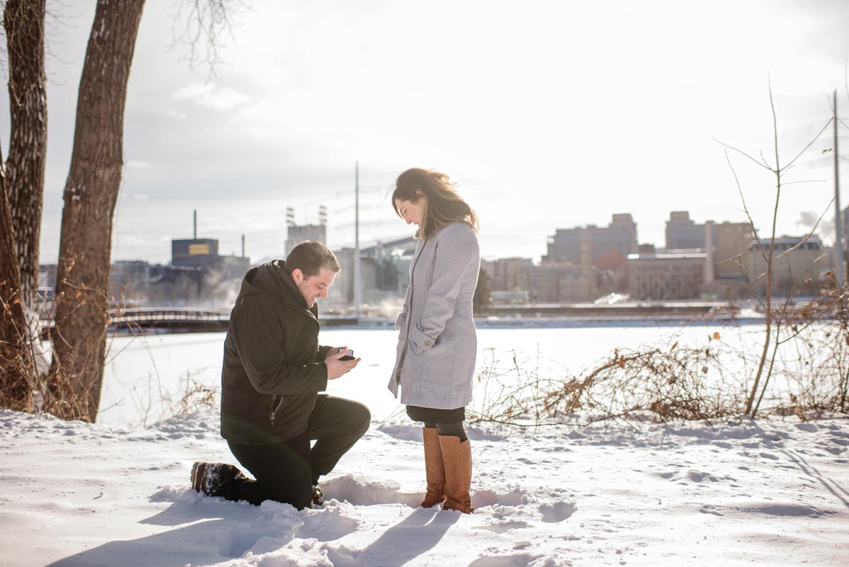 minneapolis wedding proposal in the snow
