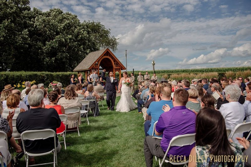 MN Farm wedding