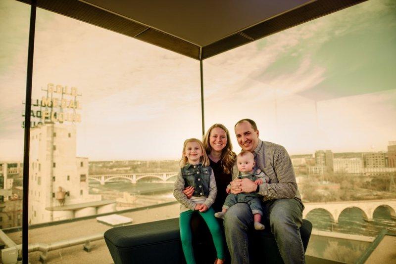 2017 favorite photos best Minneapolis photographer family guthrie