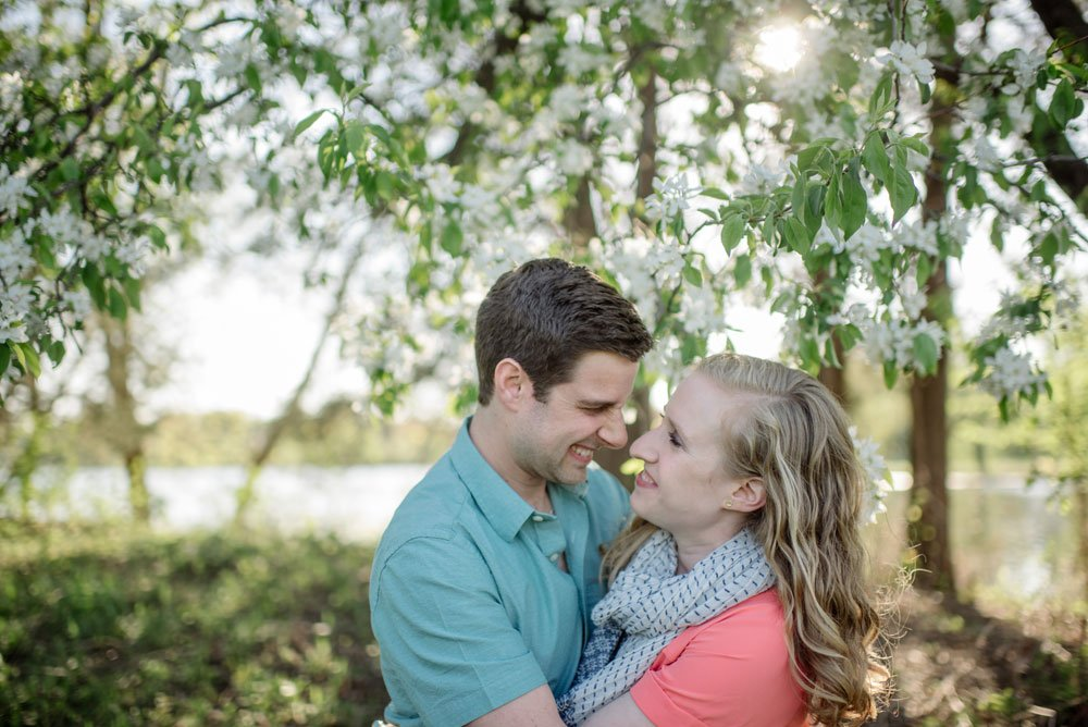 spring engagement photos minneapolis