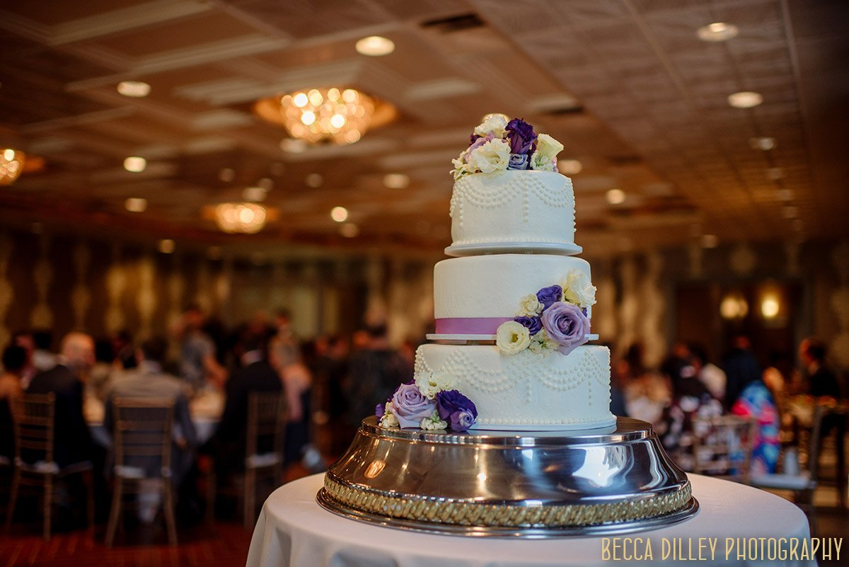 cakes by buttercream at minneapolis mansion wedding