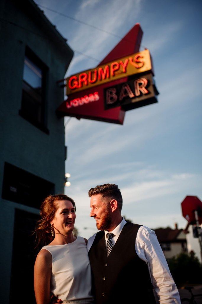 long cocktail hour at dive bar wedding minneapolis northeast