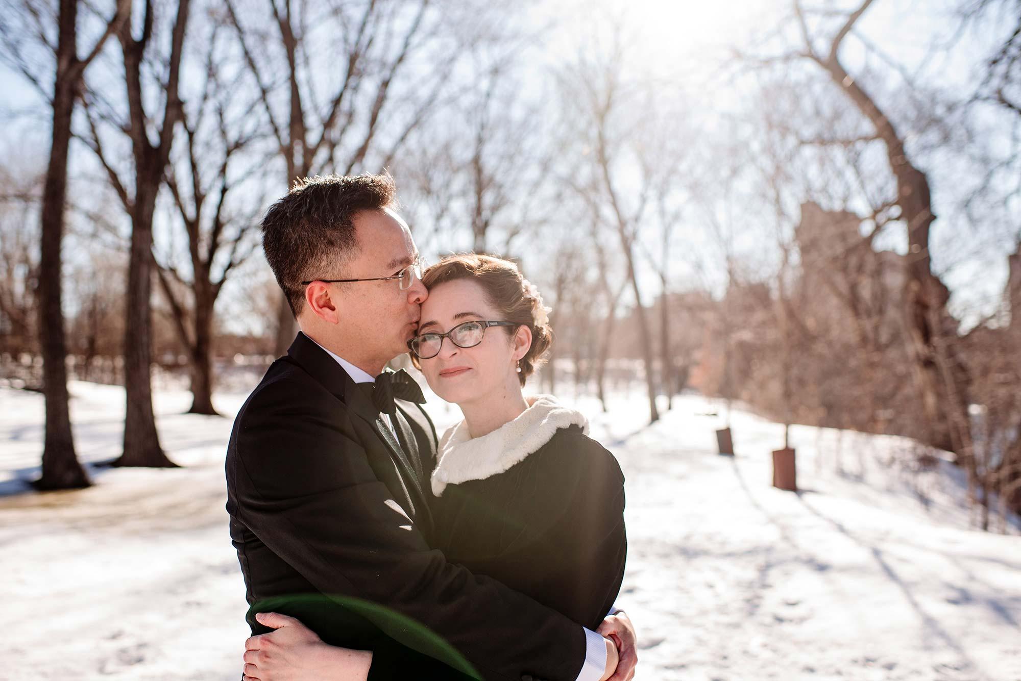 Minneapolis adventurous elopement photos in winter