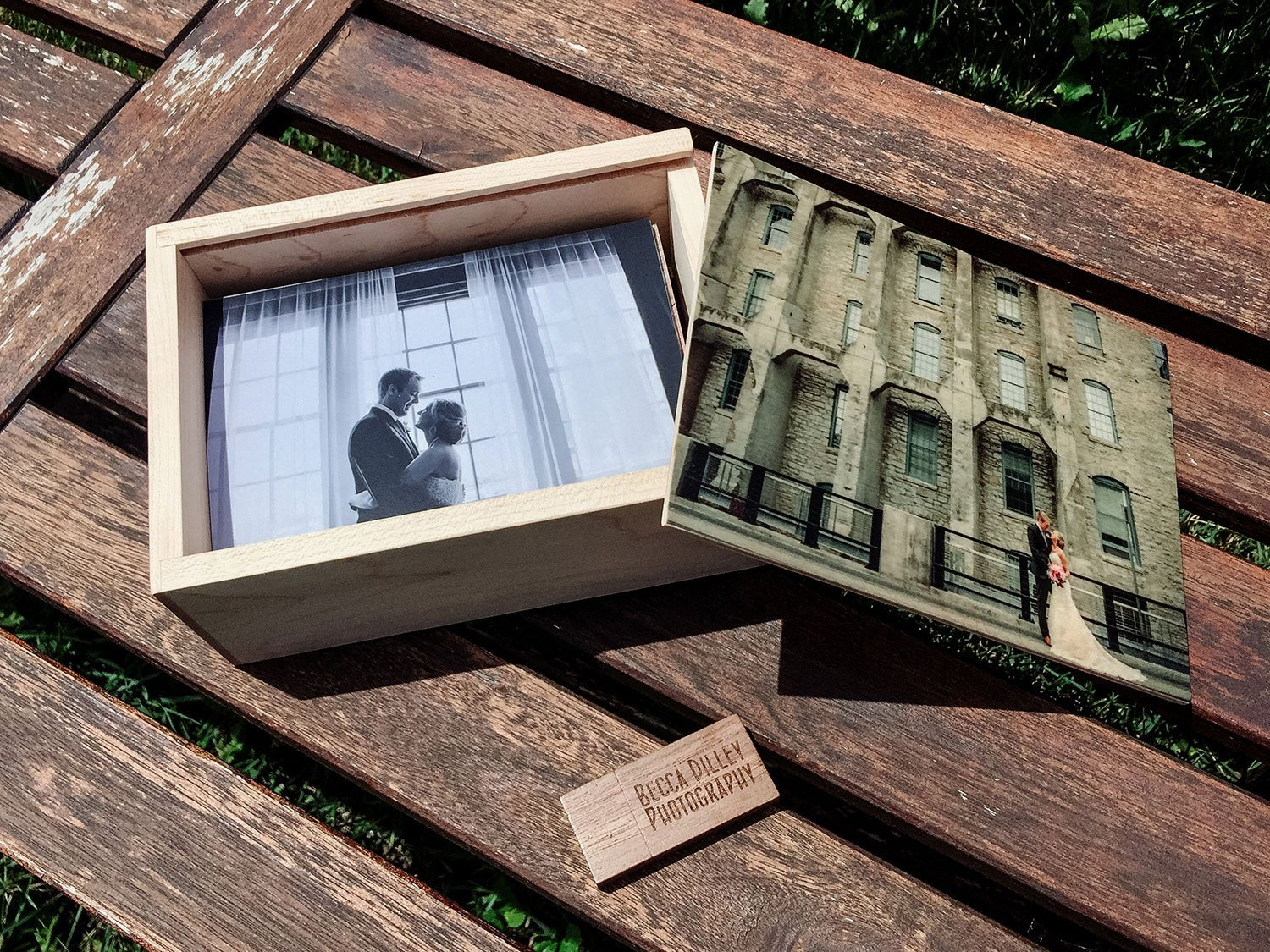 photo gift ideas - wooden box of prints