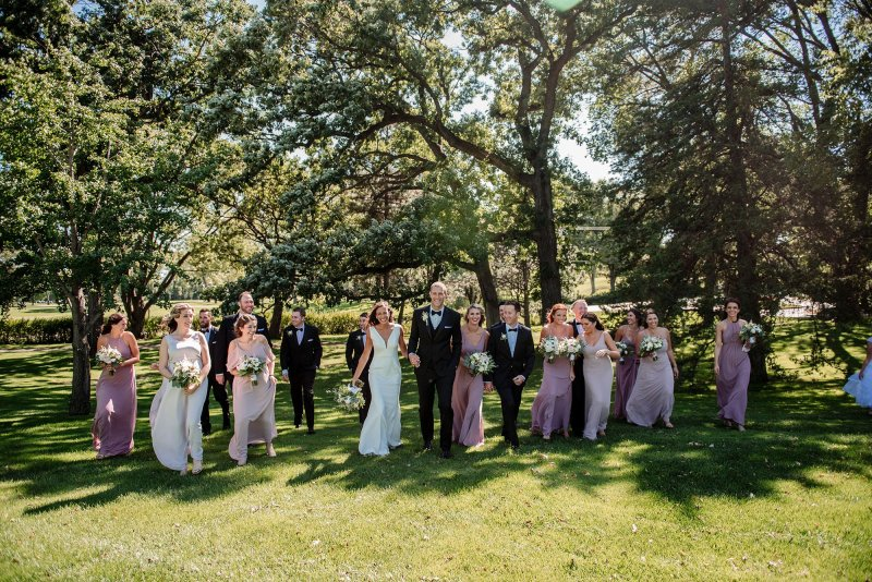 large wedding party at interlachen country club mn