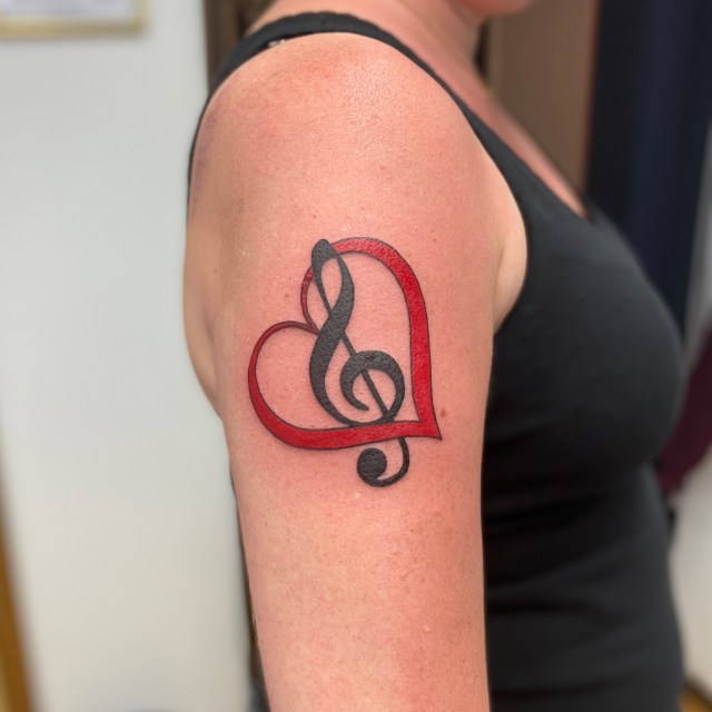 tatuerare katrineholm sverige tattoo color