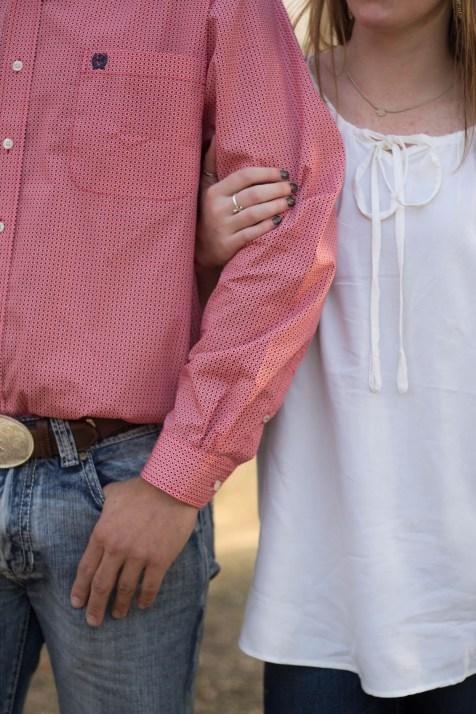 Caitlin + Taylor Couples Shoot | beccasuephotography.com