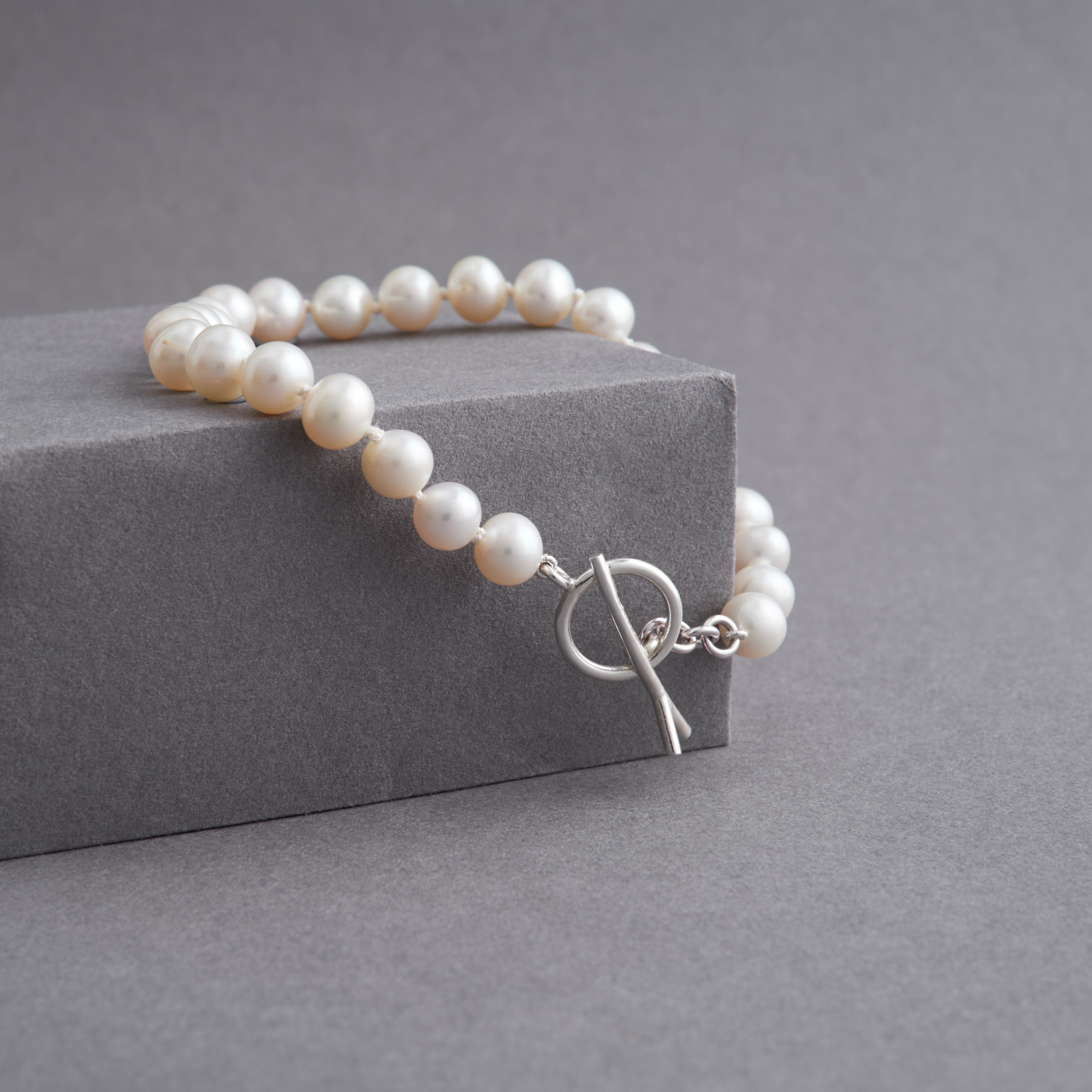 Twig Pearl Bracelet with Silver Catch
