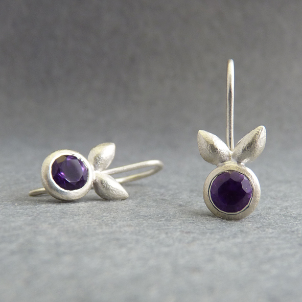 Bud Amethyst Earrings