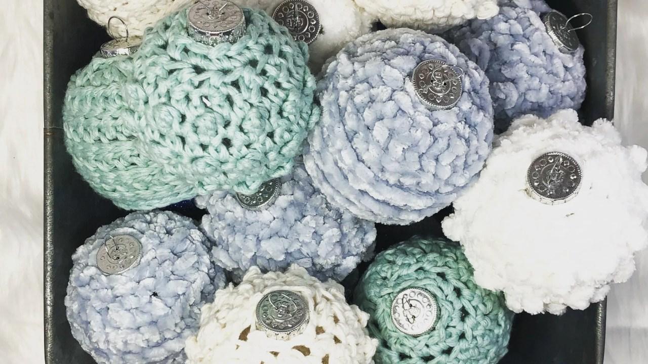 Free crochet pattern: Picot pebbles ornament