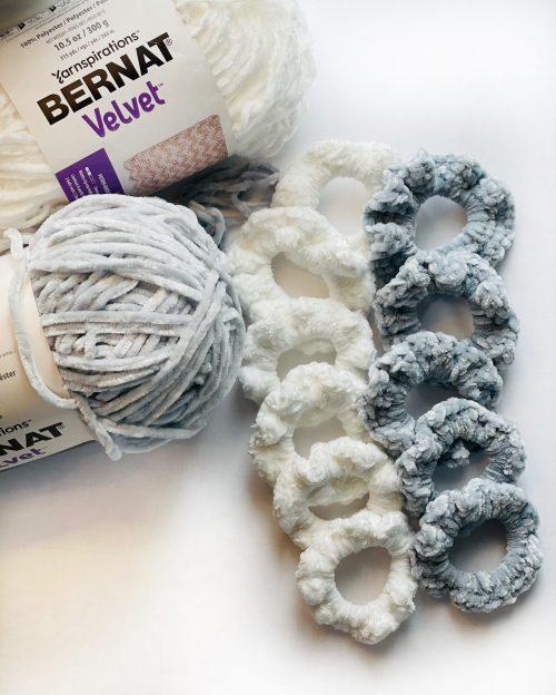 Free Crochet Pattern: Hair Scrunchies