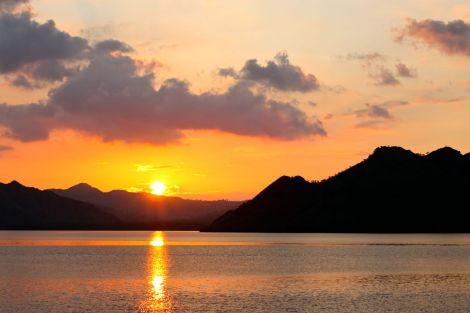 Inte en så tråkig plats att se solen smyga ned mot horisonten.