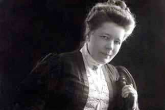 Selma Lagerlöf 1906 Foto Anton Blomberg, Kungl. Hoffotograf född 25/3 1862. död 8/6 1936