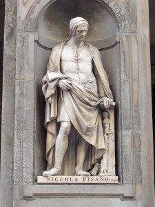Statue of Nicola Pisano.