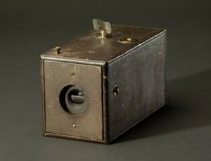 Eastman's 1888 Kodak camera. After users finished taking all 100 photographs on the roll of film, they mailed the entire camera to Kodak, which mailed back the prints.