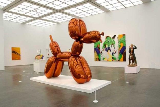 Jeff-Koons-Balloon-Dog