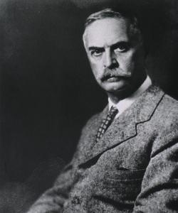 Karl Landsteiner (1868-1943).