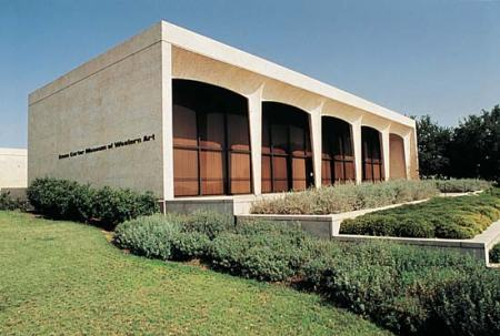 Amon Carter Museum of Western Art, by Philip Johnson, in Fort Worth, Texas.