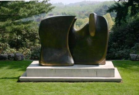 Knife Edge Two Piece by Henry Moore, at the Rockefeller Estate in Tarrytown, New York.