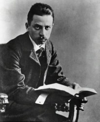 An 1897 photo of Rainer Maria Rilke.