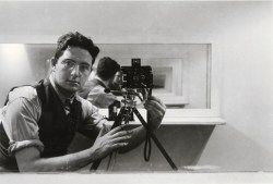 A 1938 self portrait by Arnold Newman.