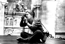 A 1964 photograph of Eve Arnold, by Robert Penn.