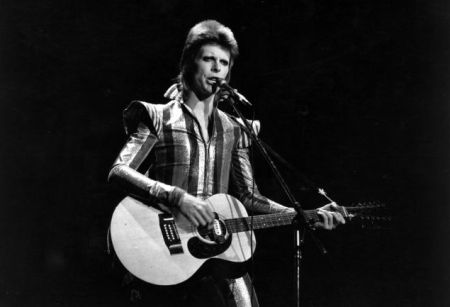 Ziggy Plays Guitar