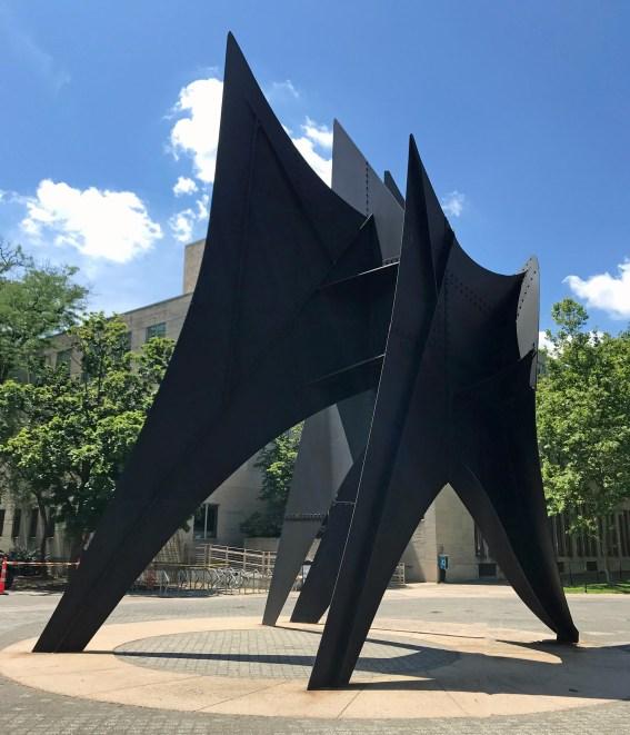 L8C Alexander Calder - La Grande Voile (The Big Sail) (1965) (2) MIT
