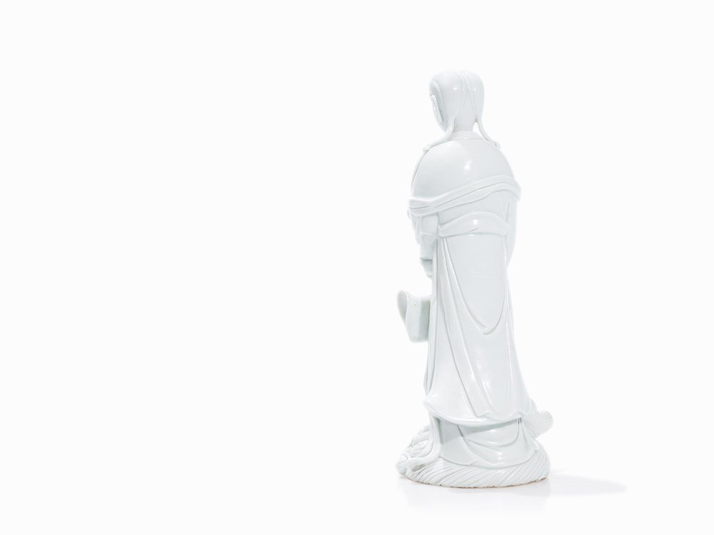18TH C BLANC de CHINE GUANYIN (8)