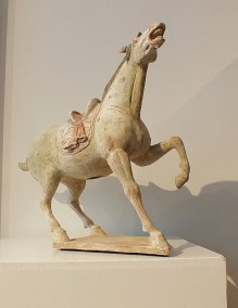 Exceptional Buff Prancing Horse (7)