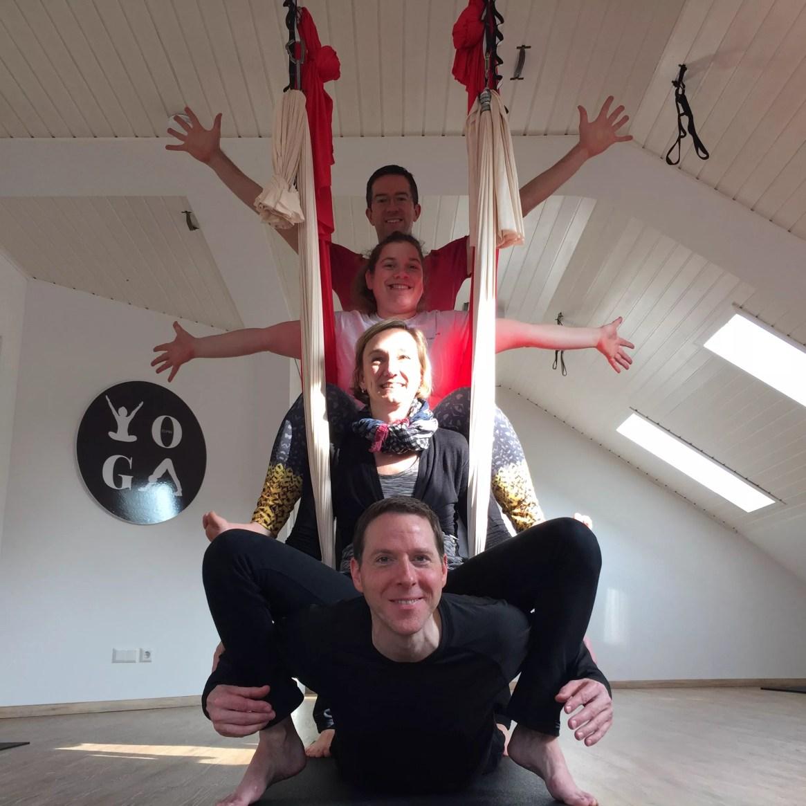 FLYoga, zertifizierte Aerial Yoga Trainer