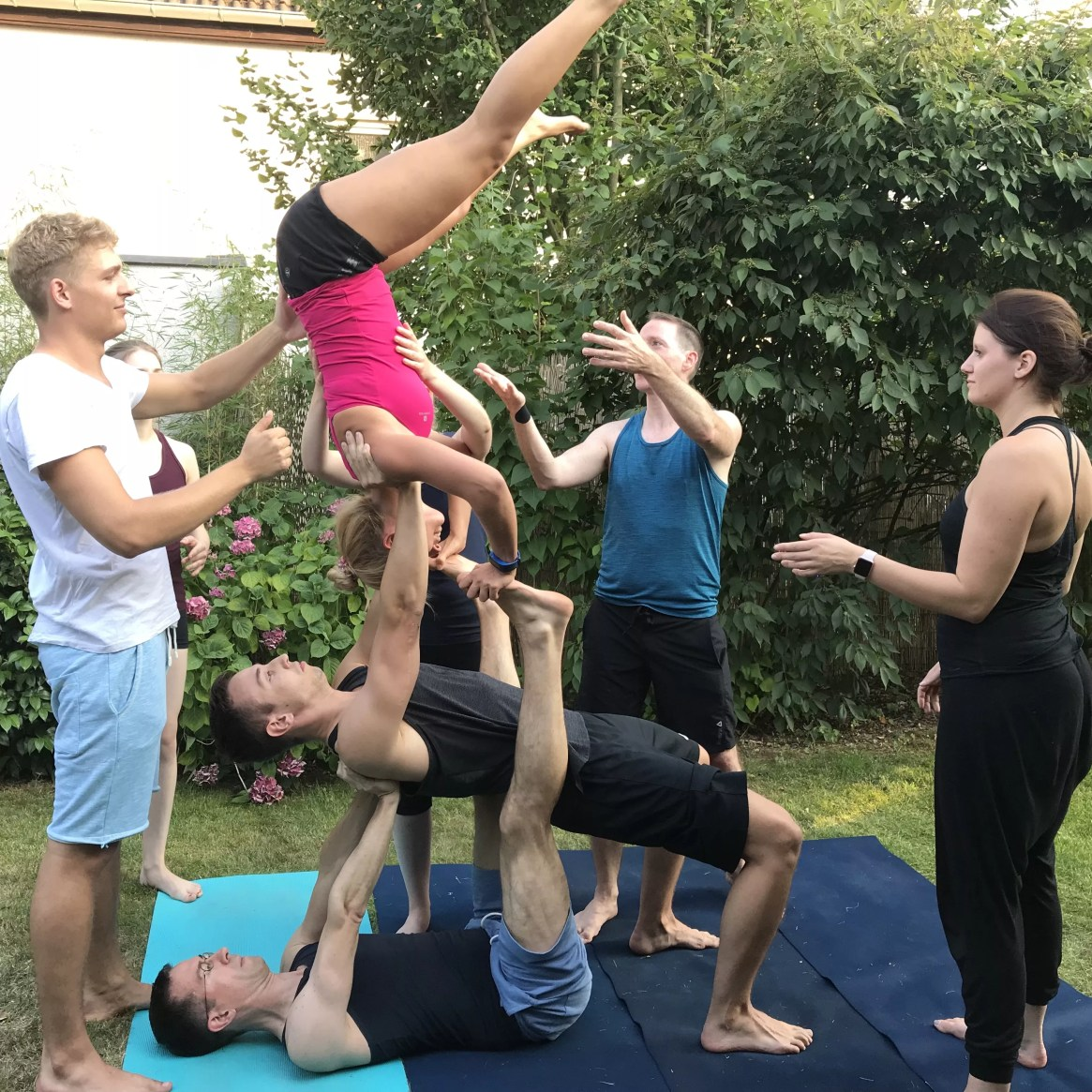 AcroYoga, stronger together