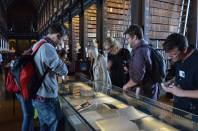 Looking at the exhibit of Beckett manuscripts