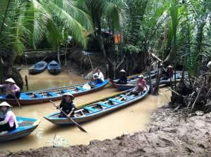 Vietnamese Long Canoe
