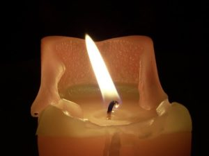 candle-in-the-night-1199531