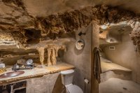 Beckham Creek Cave Lodge | Exclusive and Incredible