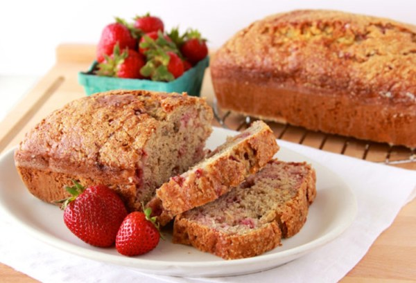Strawberry Banana Bread (2)