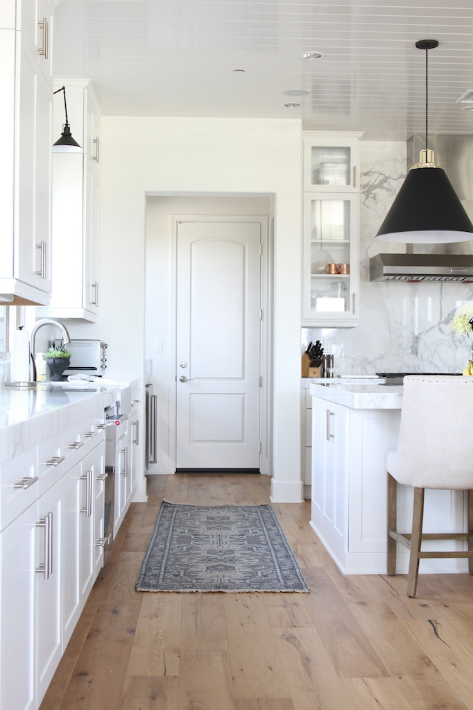 See 10 Wonderful White Rooms That Will Make You Smile Postcards