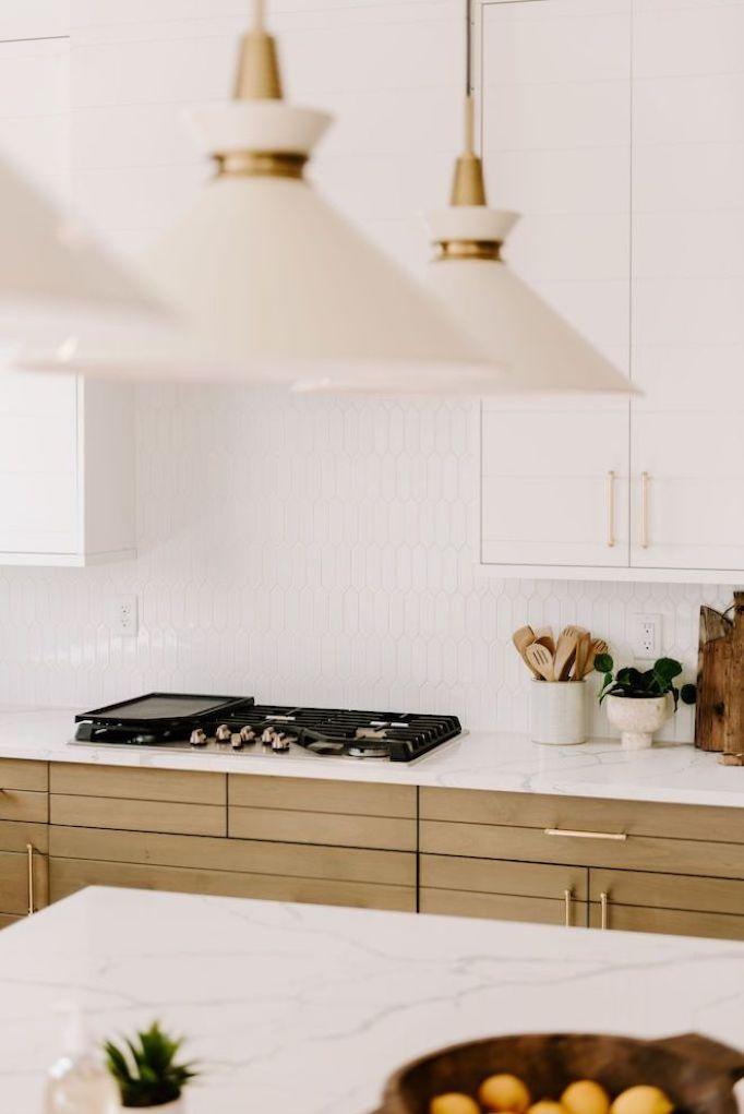 Quick Guide 5 Beautiful Backsplash Tiles For White Kitchensbecki Owens