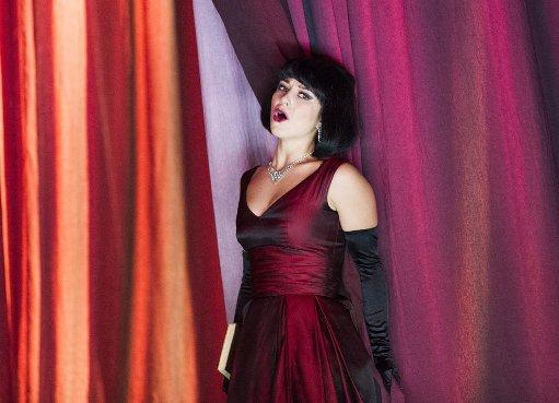 Corinne Winters (Violetta) © Tristram Kenton/ENO