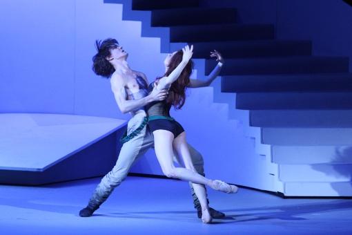 Vladislav Lantratov (Petruchio) and Ekaterina Krysanova (Katharina) © Elena Fetisova | Bolshoi Theatre