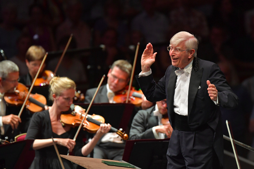 Herbert Blomstedt and the Leipzig Gewandhaus Orchestra © BBC | Chris Christodoulou